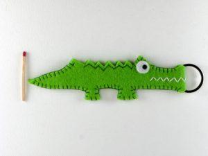Porte clés crocodile en feutrine verte